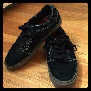 Vans Black Suede Men's Skateboarding Shoes 9.5